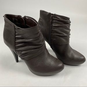 Style&Co Alec Brown Heeled Bootie Size 7.5